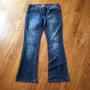 EUC Refuge bootcut jeans size 9R